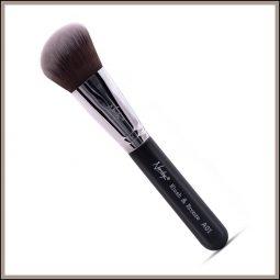 Pinceau teint biseauté vegan couleur Onyx Black